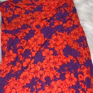 LULAROE floral maxi size medium